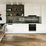 Handle-less Linear Kitchen